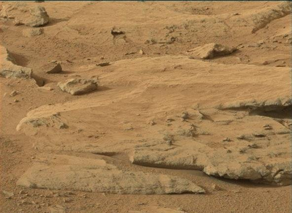 NASA's Mars rover Curiosity acquired this image using its Mast Camera (Mastcam) on Sol 172