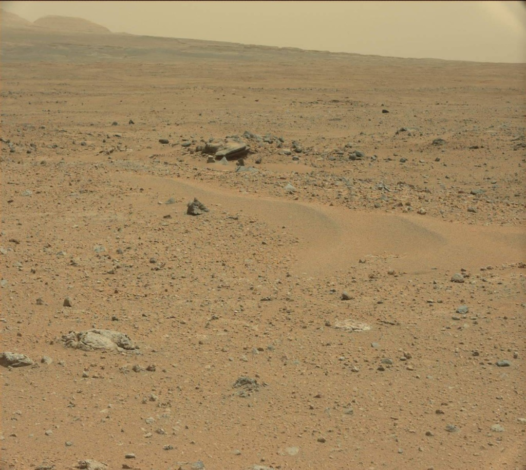 NASA's Mars rover Curiosity acquired this image using its Mast Camera (Mastcam) on Sol 354