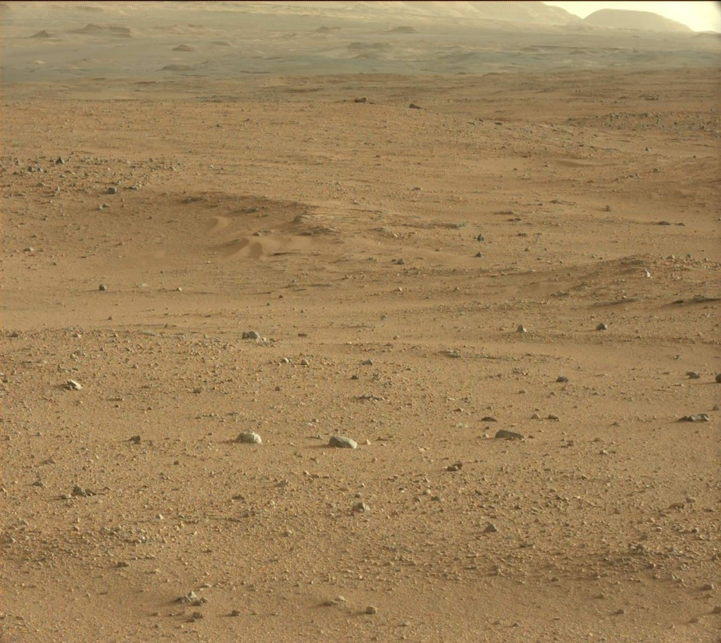 NASA's Mars rover Curiosity acquired this image using its Mast Camera (Mastcam) on Sol 383