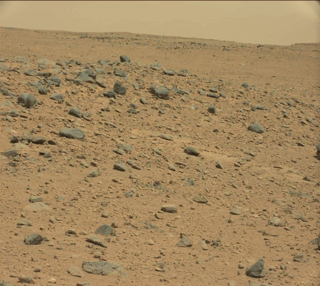 NASA's Mars rover Curiosity acquired this image using its Mast Camera (Mastcam) on Sol 402