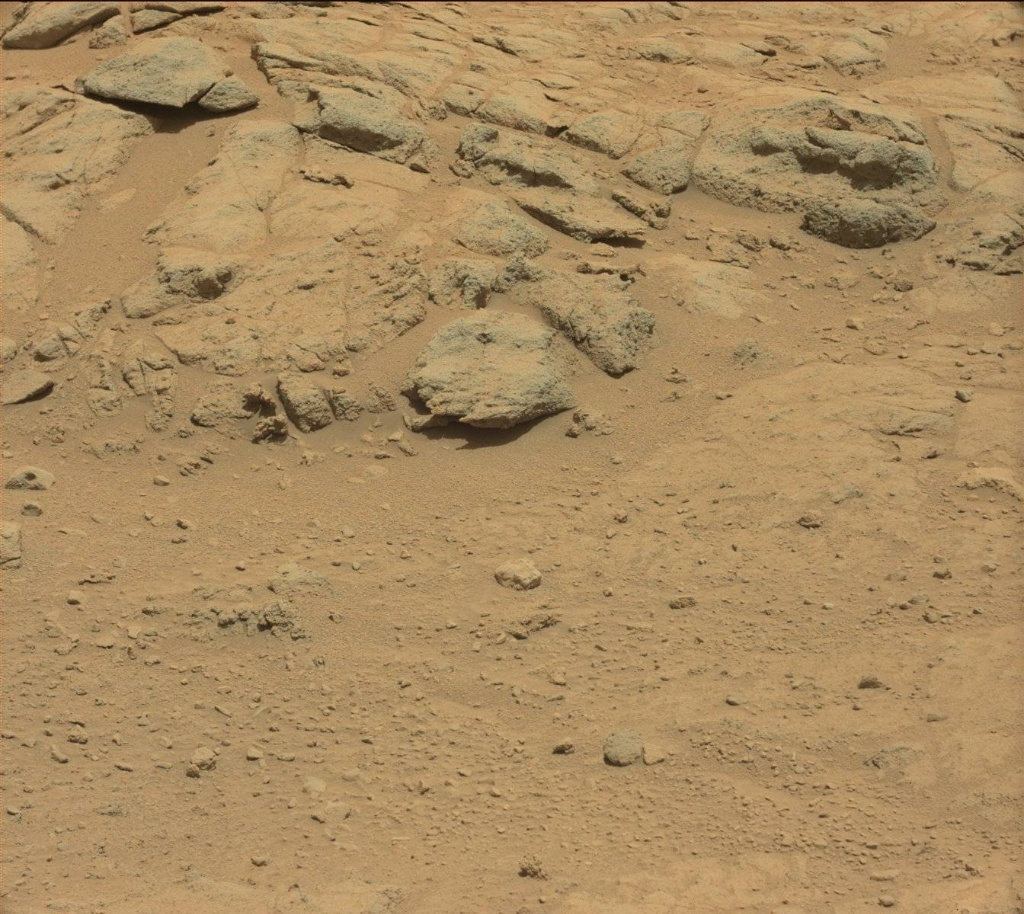 NASA's Mars rover Curiosity acquired this image using its Mast Camera (Mastcam) on Sol 413