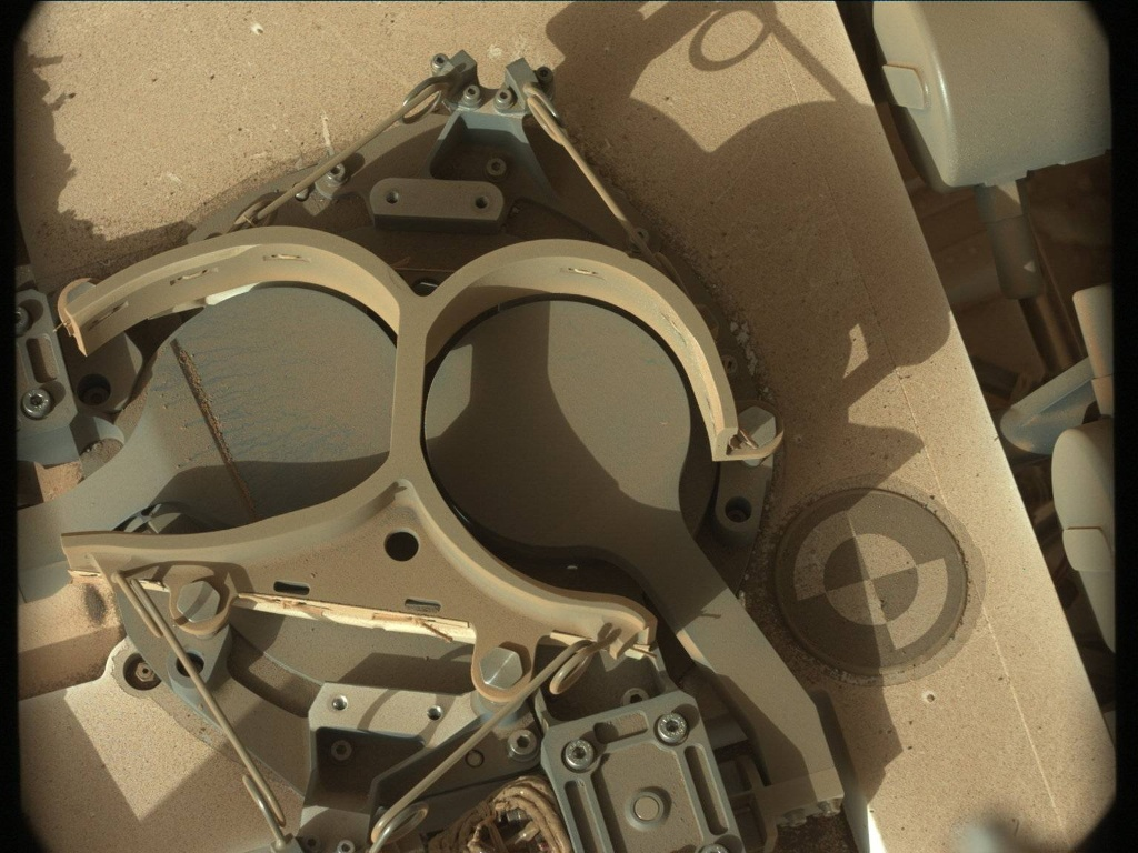 NASA's Mars rover Curiosity acquired this image using its Mast Camera (Mastcam) on Sol 464