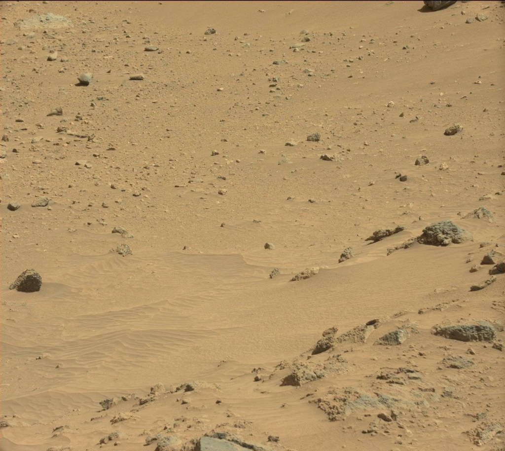 NASA's Mars rover Curiosity acquired this image using its Mast Camera (Mastcam) on Sol 465