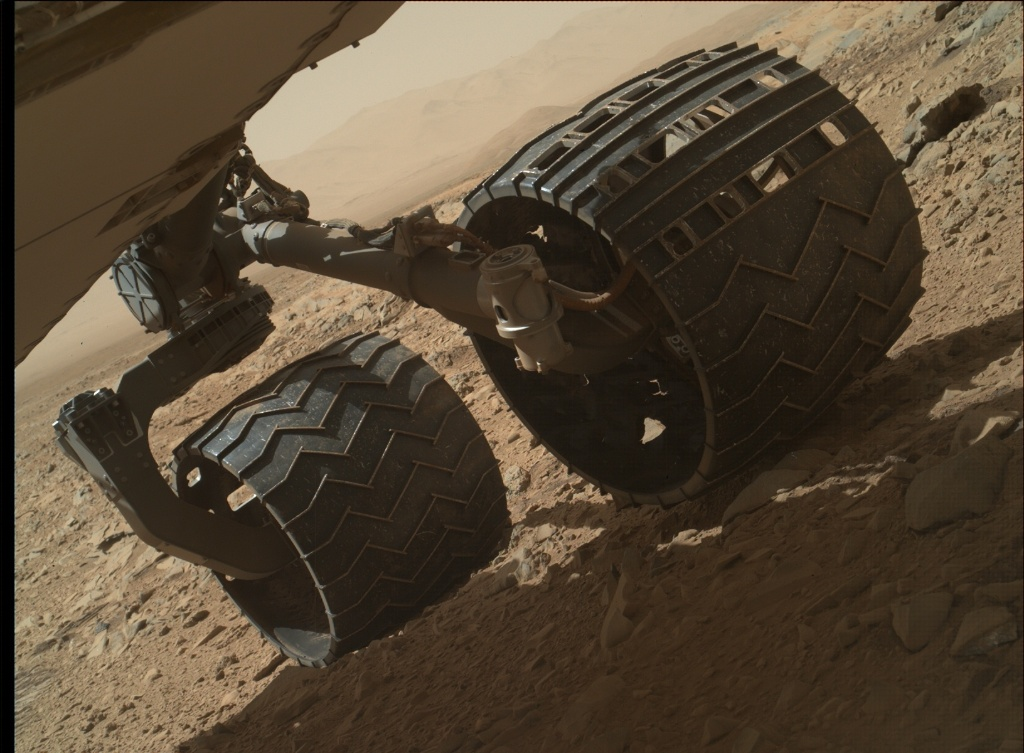 NASA's Mars rover Curiosity acquired this image using its Mars Hand Lens Imager (MAHLI) on Sol 476
