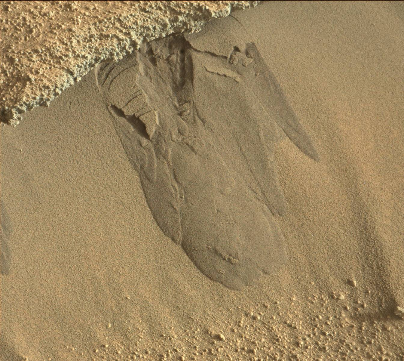 Nasa's Mars rover Curiosity acquired this image using its Mast Camera (Mastcam) on Sol 584