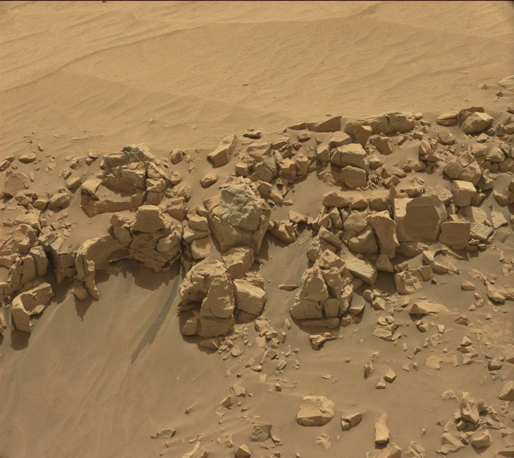 NASA's Mars rover Curiosity acquired this image using its Mast Camera (Mastcam) on Sol 707