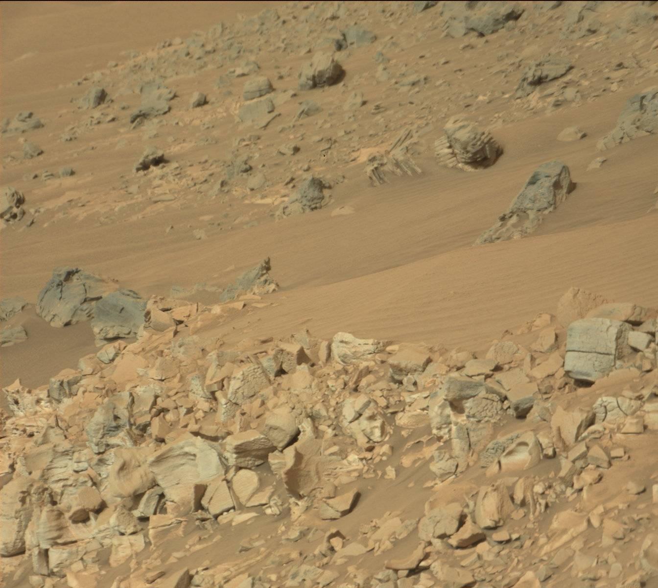 фото строения на марсе выходит окнами двор