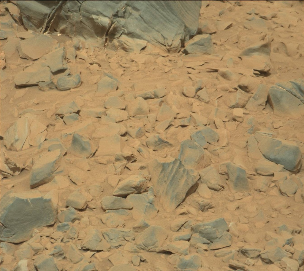 NASA's Mars rover Curiosity acquired this image using its Mast Camera (Mastcam) on Sol 726