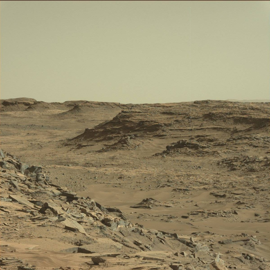 NASA's Mars rover Curiosity acquired this image using its Mast Camera (Mastcam) on Sol 1302