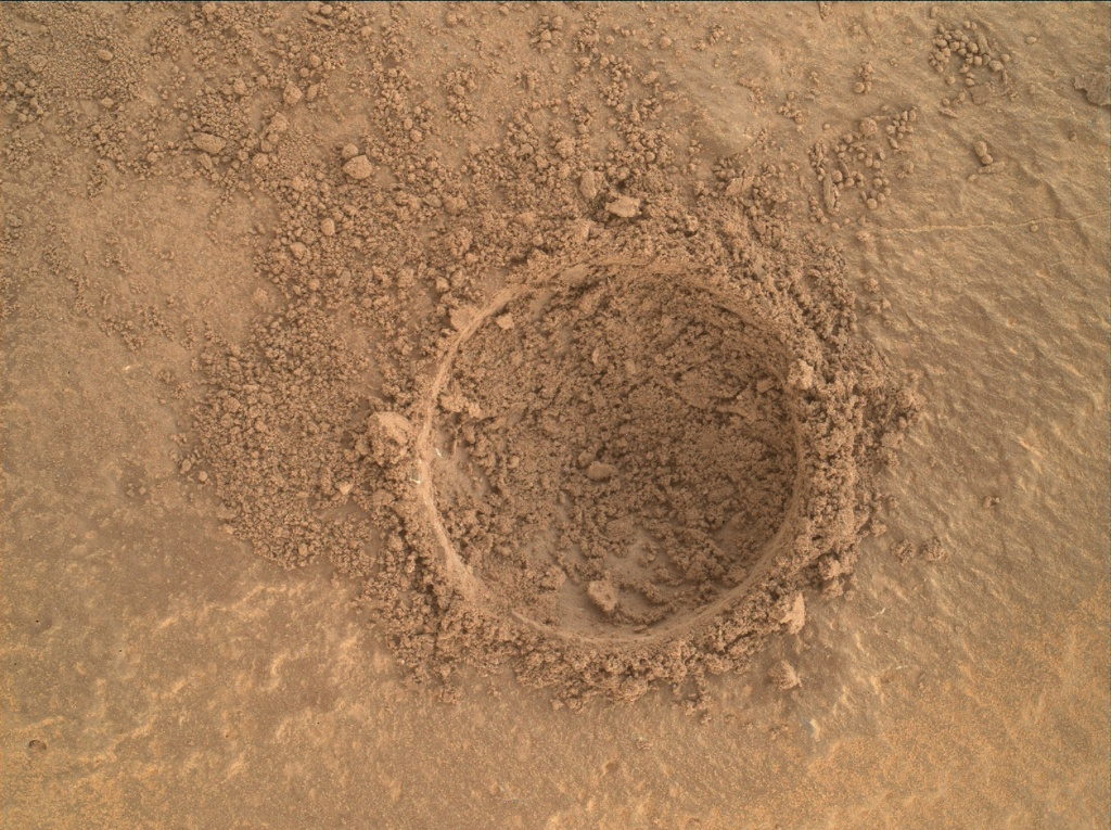 NASA's Mars rover Curiosity acquired this image using its Mars Hand Lens Imager (MAHLI) on Sol 1420