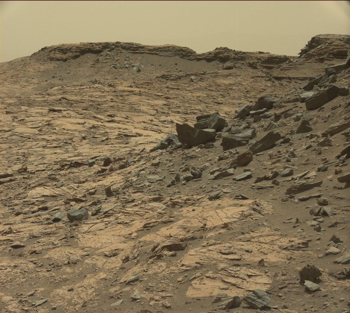 Mars Building Debris Everywhere In New Curiosity Rover ...