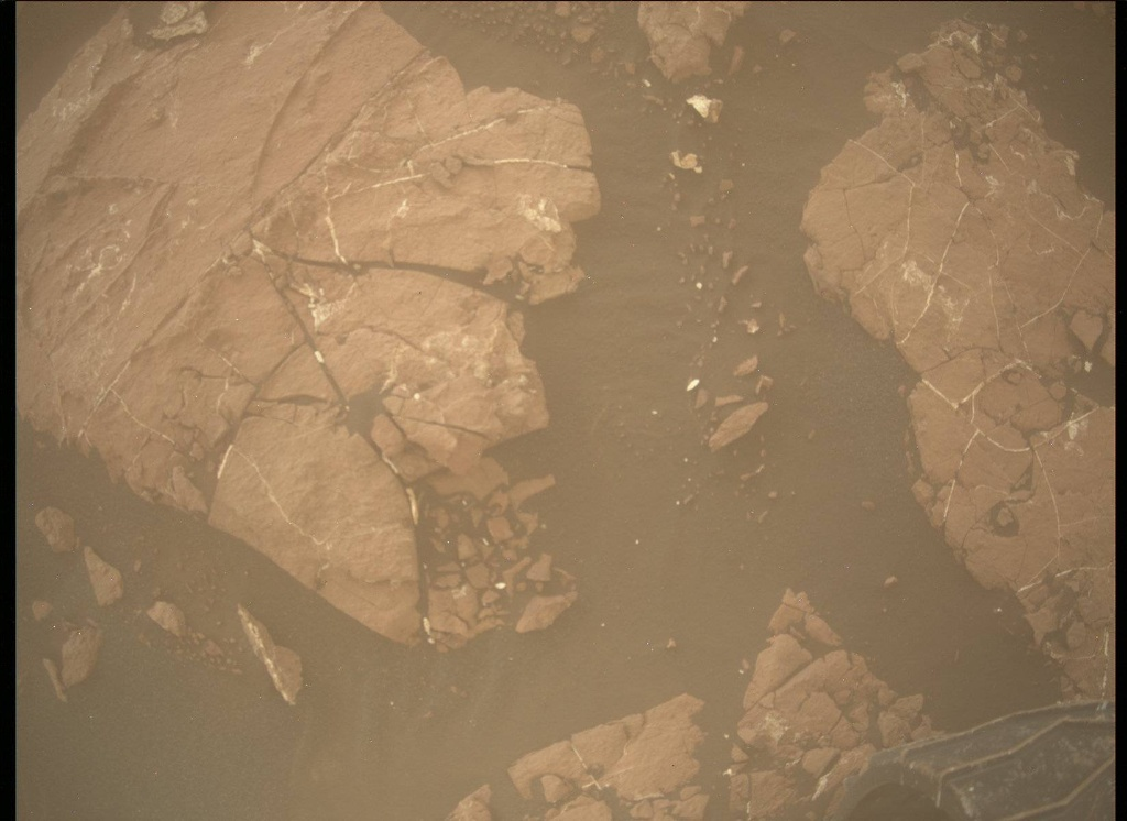 NASA's Mars rover Curiosity acquired this image using its Mars Descent Imager (MARDI) on Sol 1547