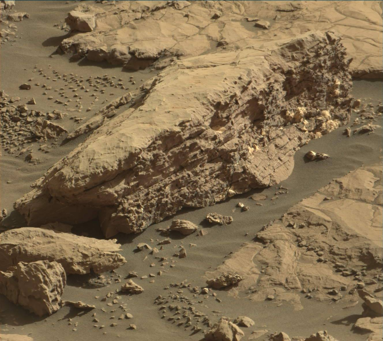 mars surface features - HD1328×1184