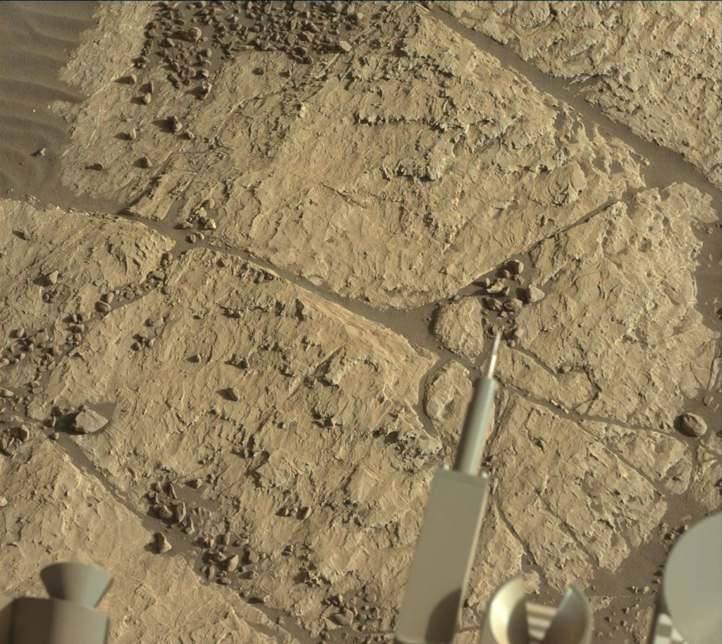NASA's Mars rover Curiosity acquired this image using its Mast Camera (Mastcam) on Sol 1963