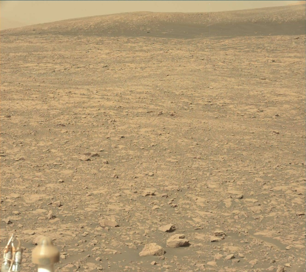 NASA's Mars rover Curiosity acquired this image using its Mast Camera (Mastcam) on Sol 2004