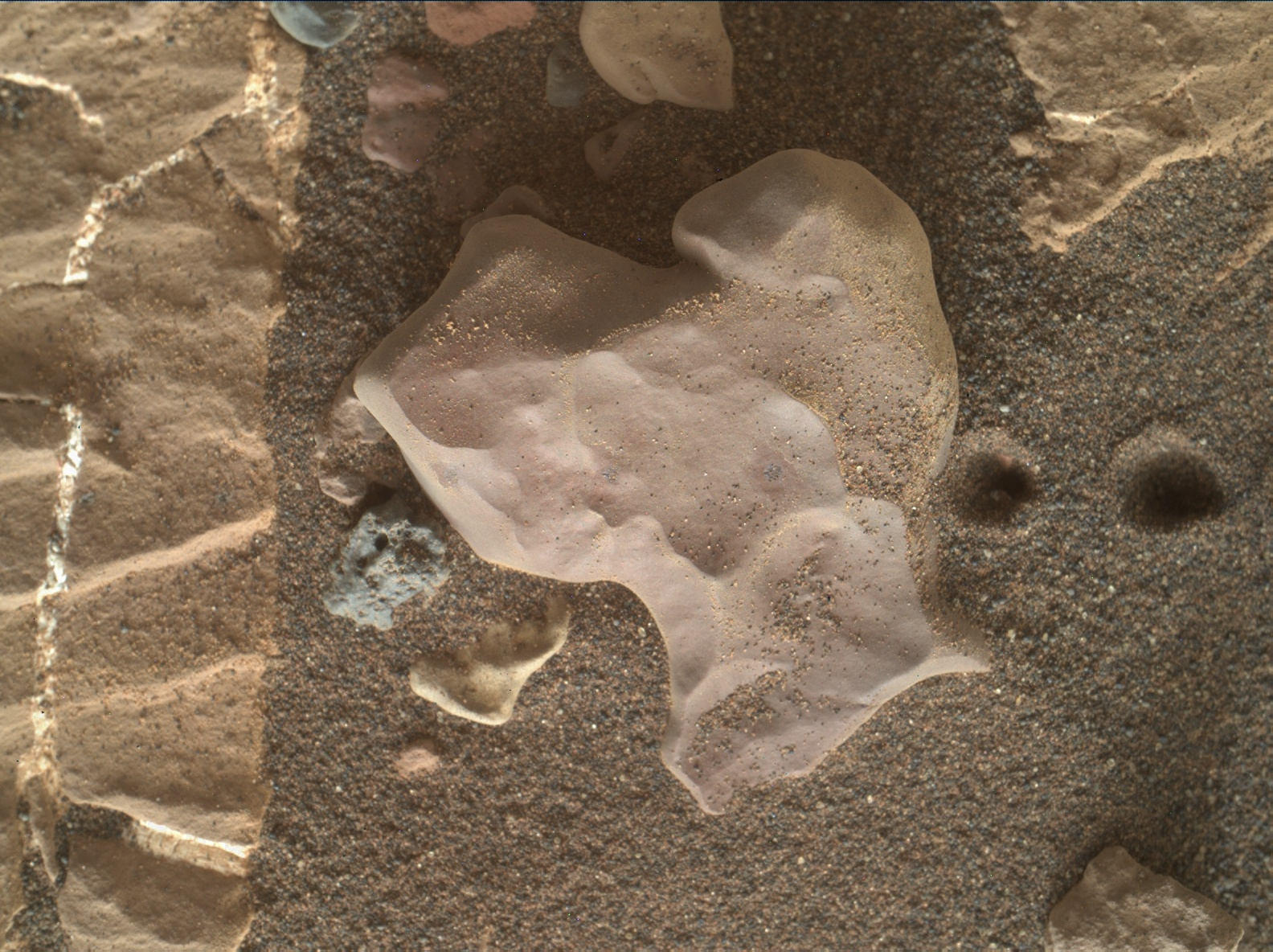 Nasa's Mars rover Curiosity acquired this image using its Mars Hand Lens Imager (MAHLI) on Sol 2013