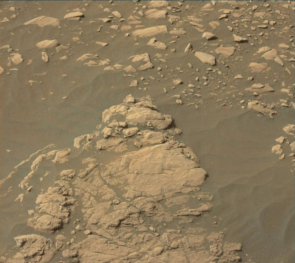 NASA's Mars rover Curiosity acquired this image using its Mast Camera (Mastcam) on Sol 2365
