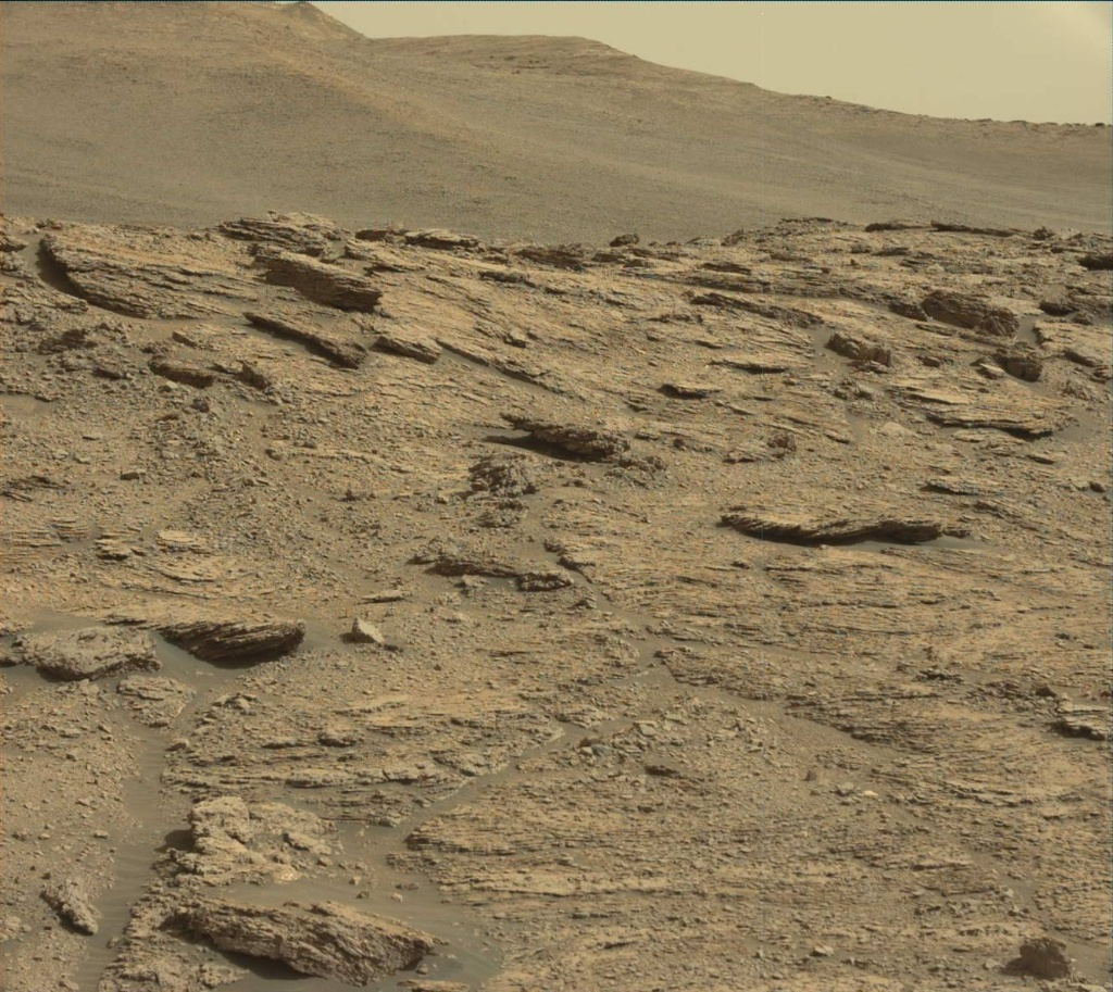 NASA's Mars rover Curiosity acquired this image using its Mast Camera (Mastcam) on Sol 2453