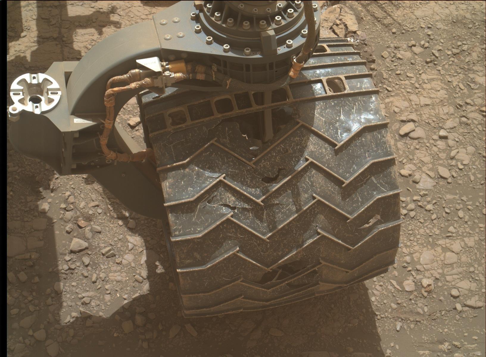 MARS: CURIOSITY u krateru  GALE Vol II. - Page 44 2459MH0007710010902106E01_DXXX