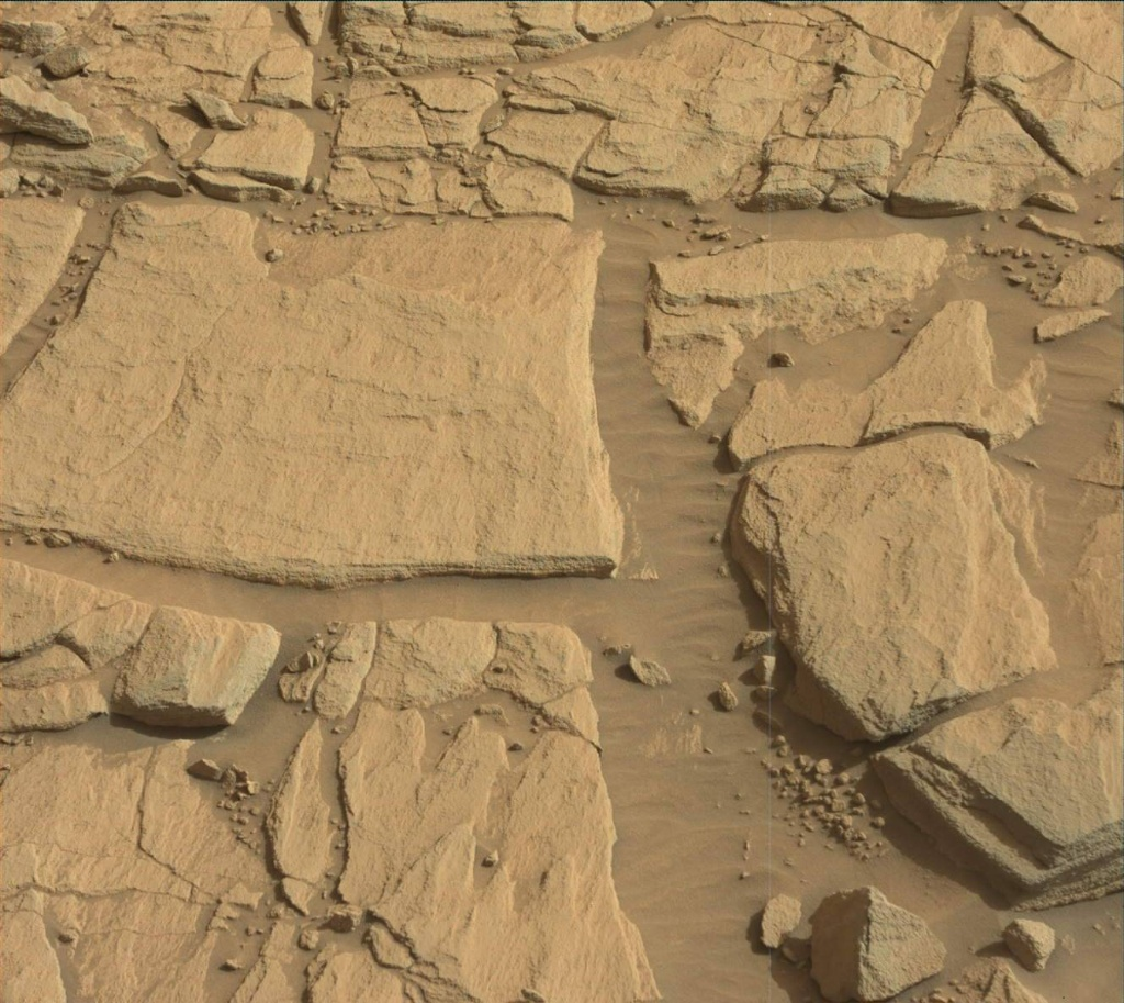 Read article: Sol 2703-2705: Assessing a possible drill target at 'Edinburgh'