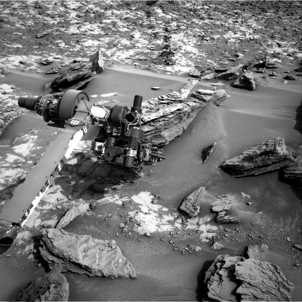 Nasa's Mars rover Curiosity acquired this image using its Right Navigation Camera on Sol 860, at drive 2414, site number 44