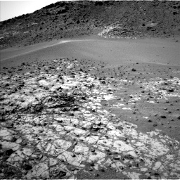 Nasa's Mars rover Curiosity acquired this image using its Left Navigation Camera on Sol 862, at drive 2426, site number 44
