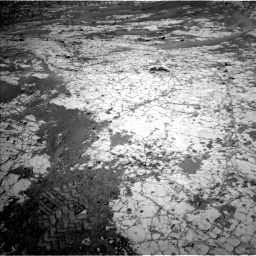 Nasa's Mars rover Curiosity acquired this image using its Left Navigation Camera on Sol 862, at drive 2474, site number 44