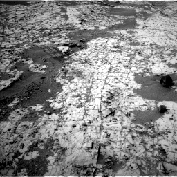 Nasa's Mars rover Curiosity acquired this image using its Left Navigation Camera on Sol 862, at drive 2528, site number 44