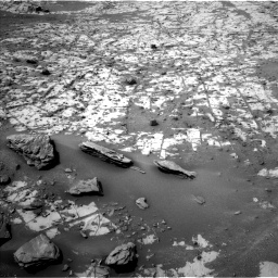 Nasa's Mars rover Curiosity acquired this image using its Left Navigation Camera on Sol 862, at drive 2552, site number 44