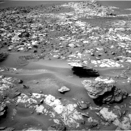 Nasa's Mars rover Curiosity acquired this image using its Left Navigation Camera on Sol 862, at drive 2582, site number 44