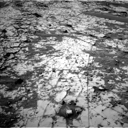 Nasa's Mars rover Curiosity acquired this image using its Left Navigation Camera on Sol 862, at drive 2672, site number 44