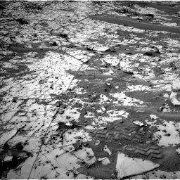 Nasa's Mars rover Curiosity acquired this image using its Left Navigation Camera on Sol 862, at drive 2678, site number 44