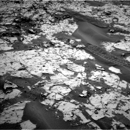 Nasa's Mars rover Curiosity acquired this image using its Left Navigation Camera on Sol 862, at drive 2774, site number 44