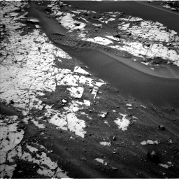 Nasa's Mars rover Curiosity acquired this image using its Left Navigation Camera on Sol 862, at drive 2804, site number 44