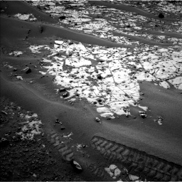 Nasa's Mars rover Curiosity acquired this image using its Left Navigation Camera on Sol 862, at drive 2846, site number 44