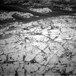 Nasa's Mars rover Curiosity acquired this image using its Left Navigation Camera on Sol 862, at drive 2900, site number 44