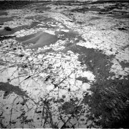 Nasa's Mars rover Curiosity acquired this image using its Right Navigation Camera on Sol 862, at drive 2462, site number 44
