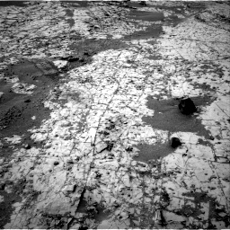 Nasa's Mars rover Curiosity acquired this image using its Right Navigation Camera on Sol 862, at drive 2528, site number 44
