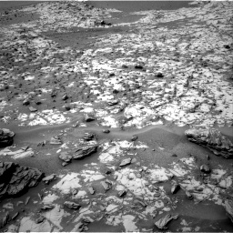 Nasa's Mars rover Curiosity acquired this image using its Right Navigation Camera on Sol 862, at drive 2570, site number 44