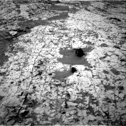Nasa's Mars rover Curiosity acquired this image using its Right Navigation Camera on Sol 862, at drive 2630, site number 44