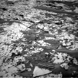 Nasa's Mars rover Curiosity acquired this image using its Right Navigation Camera on Sol 862, at drive 2678, site number 44