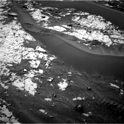 Nasa's Mars rover Curiosity acquired this image using its Right Navigation Camera on Sol 862, at drive 2804, site number 44