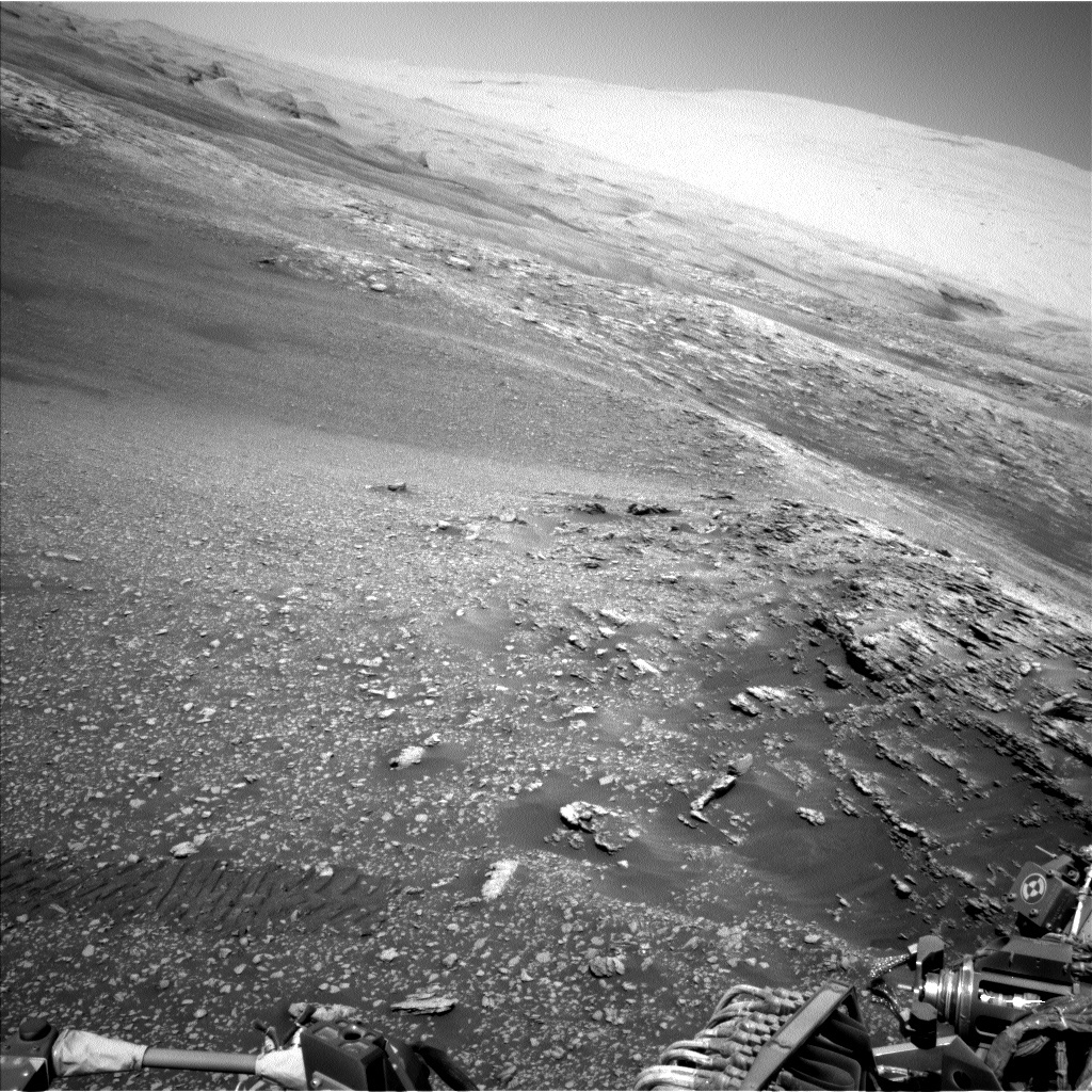 NASA's Mars rover Curiosity acquired this image using its Left Navigation Camera (Navcams) on Sol 2476