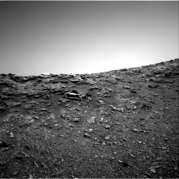 Nasa's Mars rover Curiosity acquired this image using its Right Navigation Camera on Sol 2476, at drive 2624, site number 76