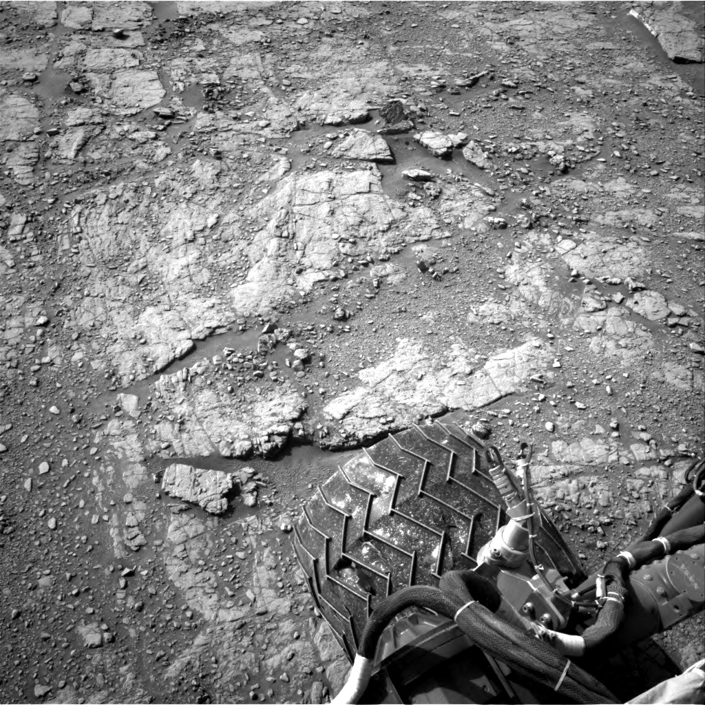 Nasa's Mars rover Curiosity acquired this image using its Right Navigation Camera on Sol 2480, at drive 2930, site number 76