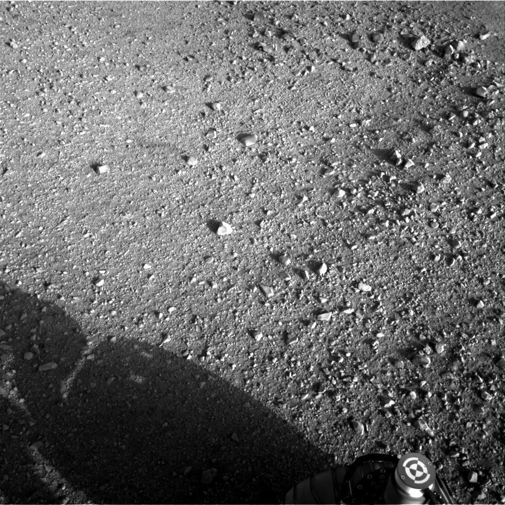 IMAGE(http://mars.jpl.nasa.gov/msl-raw-images/proj/msl/redops/ods/surface/sol/00002/opgs/edr/ncam/NLA_397681917EDR_F0020000AUT_04096M_.JPG)