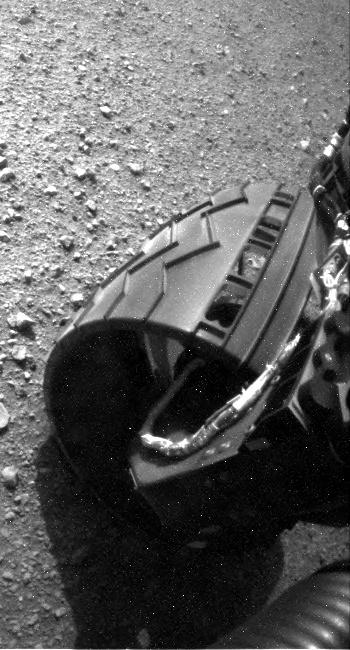 [Curiosity/MSL] L'exploration du Cratère Gale (1/2) - Page 21 RLA_398831300EDR_S0030040RHAZ00102M_-br