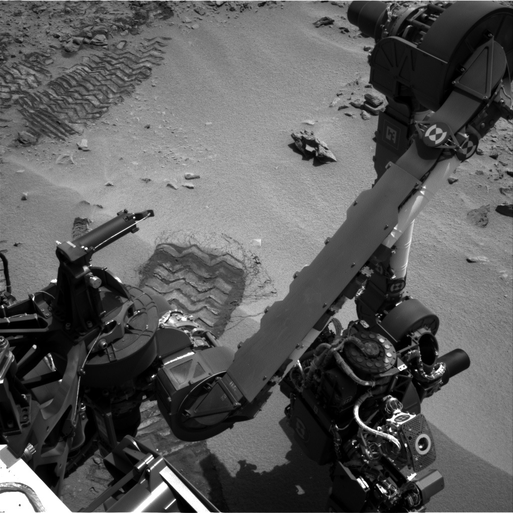 NASA's Mars rover Curiosity acquired this image using its Left Navigation Camera (Navcams) on Sol 61