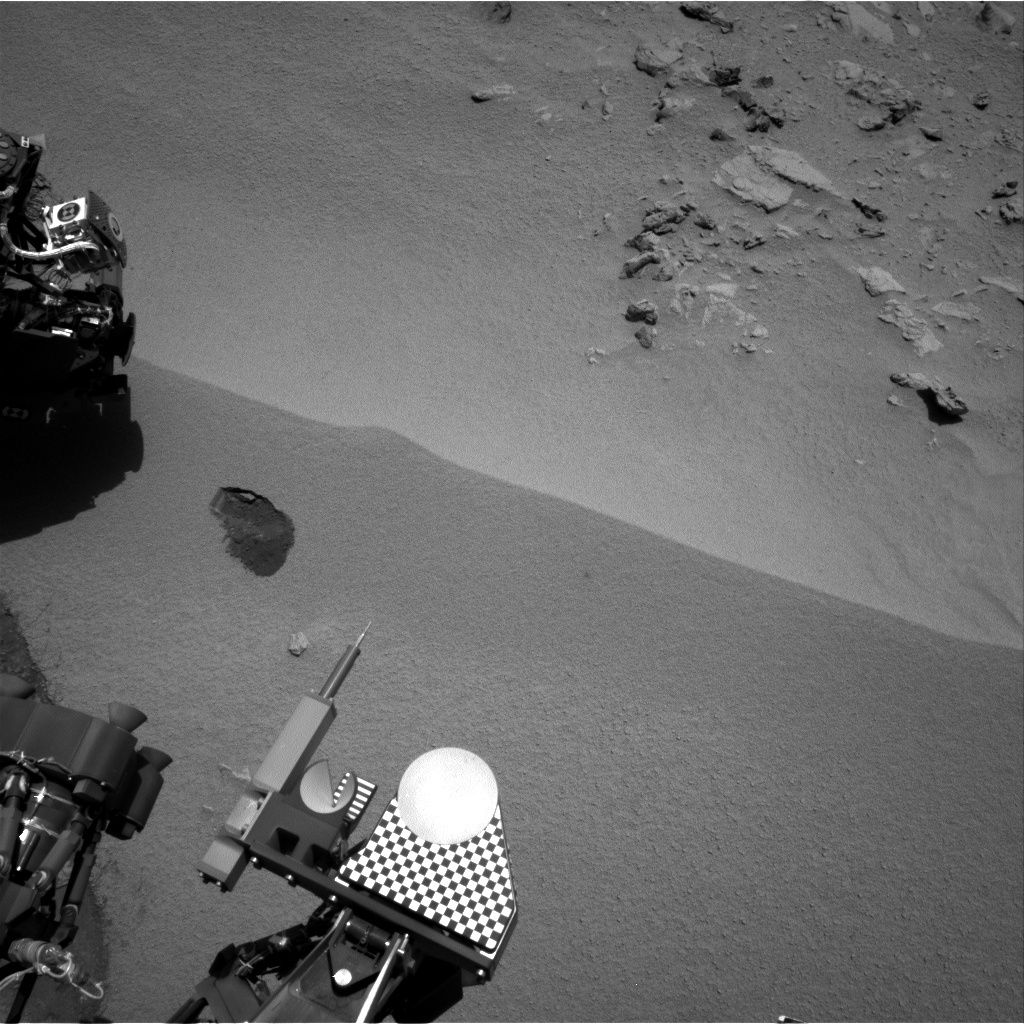 NASA's Mars rover Curiosity acquired this image using its Right Navigation Cameras (Navcams) on Sol 61
