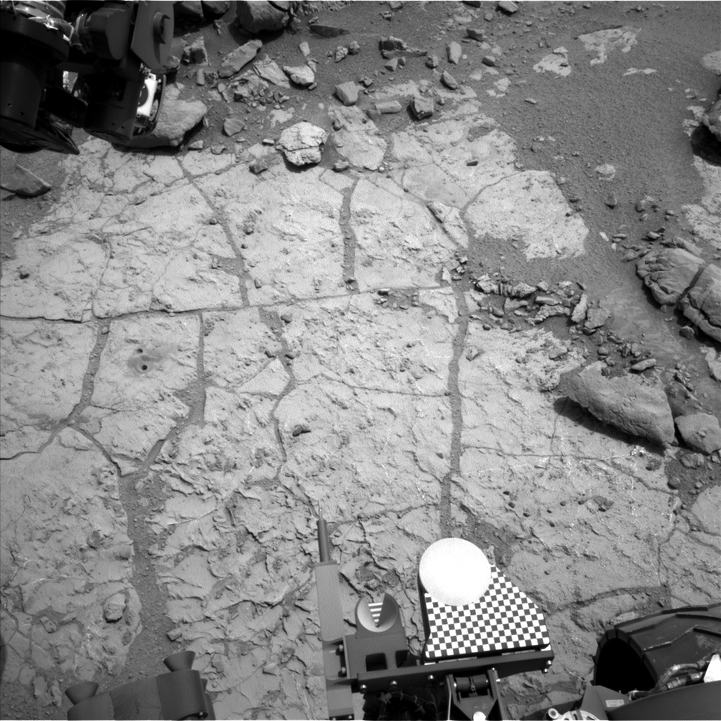 Nasa's Mars rover Curiosity acquired this image using its Left Navigation Camera on Sol 268, at drive 0, site number 6